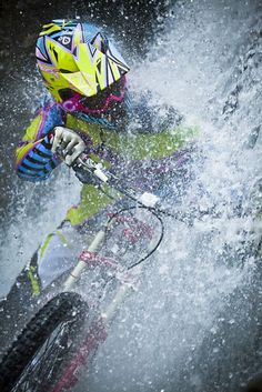 #Waterfall #Mountainbiking http://minivideocam.com/product-category/sports-action-camera/