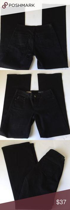 AG Adriano Goldshmied The Mona Wide Leg Jeans, 26 Ag Adriano Goldshmied The Mona Black Wide Leg Jeans in size 26. Flat lay measure of the waist is 15. Rise is 8.5, inseam is 33.75, and leg opening is 10.75. Made from 98% cotton and 2% polyurethane. In overall excellent condition, please ask if you have any questions. AG Adriano Goldschmied Jeans Flare & Wide Leg