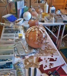 100% Handarbeit  Unikat Garten/Rosen-Kugel Kugel-Fuerte Größe/Maße/Gewicht: Durchmesser Kugel: ca. 28,5 cm ca.4,5 Kg  258.-€ zzgl. 15,-€ Versand  © MoSali Mosaik-Deko-Design @:tanja.emmerich66@gmail.com