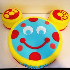 toodles birthday cake - Google Search Bolo Mickey, Mickey Mouse Bday, Mickey Mouse Clubhouse Birthday Party, Mickey Birthday, Mickey Party, Happy Birthday, First Birthday Parties, Boy Birthday, First Birthdays