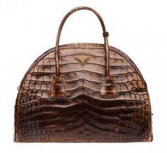 Handbag in rettile marrone dalla collezione autunno inverno 2013 2014 di borse Prada.