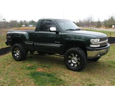 2002 chevrolet silverado 1500 ls 4x4 step side item condition chevy silverado 1500 single cab 4x4 lifted this is the kind of truck were getting sciox Choice Image
