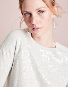 A sparkling choice for every day, our jumper has a crew neck and is sprinkled with translucent sequins. They are scattered in a degradé design, which is denser at the top, and more sparse towards the lower portion of the jumper. Jumper Outfit, The White Company, Clothes For Sale, Crew Neck, Sequins, Wool, Clothing, Cotton, Design