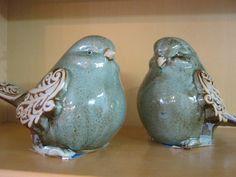 Fat Bird Figurines - I want a fat bird! Doesn't need to be these fat birds. Clay Birds, Ceramic Birds, Bird Sculpture, Sculptures, Sculpture Projects, Ceramic Artists, Ceramic Painting, Bird Cage Centerpiece, Fat Bird