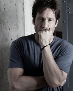 David Duchovny. Actually, not that good looking but he sure has got somethin!