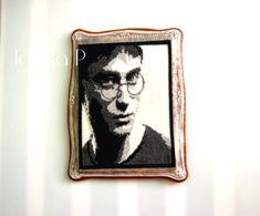 Harry Potter - cookie by Teresa Pękul Cookie, Harry Potter, Artist, Biscuit, Artists, Pretzel Bark, Cookie Recipes, Cookies, Cake