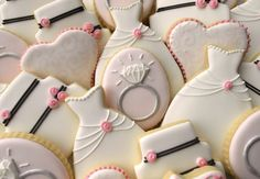 Personalize your dessert table with Clough'D 9 Cookies