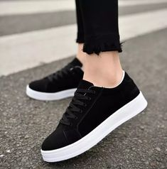 0e966577ac702 Lace Flats, Sneakers Women, Shoes Women, New Fashion, Spring Summer Fashion,