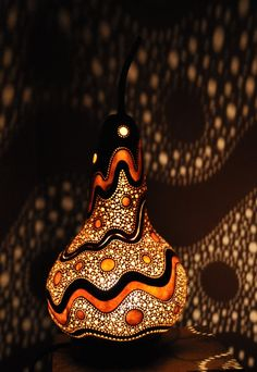 Lampka z tykwy bursztynowe fale