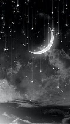 Del cielo caen las estrellas enviadas por la luna para que puedas crear suelos que se hagan realidad