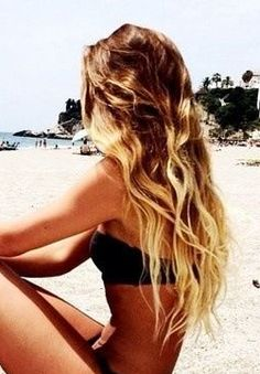 Love the beach waves! Makes me.think of how my hair used to be