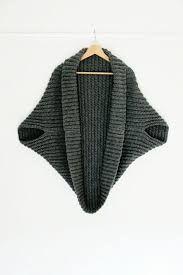 Afbeeldingsresultaat voor crochet gothic hooded shrug pattern