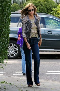 Trinny Woodall Cropped Jacket - Trinny Woodall rocked a print-on-print look with this cropped jacket and blouse combo. Trinny Woodall, Beautiful Women Over 50, Vivienne Westwood Anglomania, Fashion Advice, Fashion Ideas, Stylish Dresses, Style Inspiration, Style Ideas, Autumn Fashion
