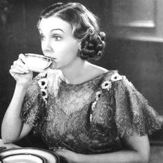 Eat Like the Stars: ZaSu Pitts's Pralines! People Drinking Coffee, Drinking Tea, Coffee Time, Tea Time, Coffee Coffee, Morning Coffee, Coffee Break, Gwyneth Paltrow, Vintage Coffee