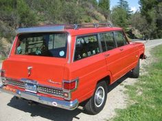 1973 Jeep Wagoneer 4x4 360 V8 Survivor Rear