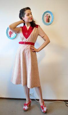 Vintage Follies: Stashbusting sewalong: Finished dress #1