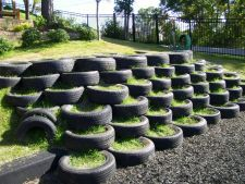 Great use of tires and grass! I can imagine the climbing, balancing, and imagination this feature sparks!
