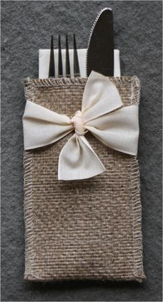 Hand-Tied Ribbon Burlap Silverware Pouch - Set of 8 - Cutlery Couture Christmas Table Settings, Christmas Table Decorations, Decoration Table, Christmas Themes, Holiday Crafts, Christmas Crafts, Holiday Decor, Xmas, Burlap Projects