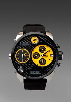 New watch collection Monster Diesel is a famous watch brand. Diesel watches are th. Diesel Watches For Men, Luxury Watches For Men, Big Men Fashion, Hand Watch, Cool Watches, Big Watches, Watches Online, Watch Brands, Black N Yellow