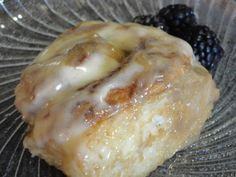 Cinnamon Rolls - Rhodes Frozen Rolls Recipe - Food.com  WITH VANILLA ICE CREAM