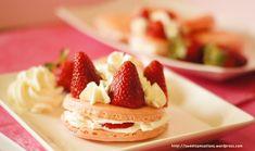 Strawberry Macaron whipped cream