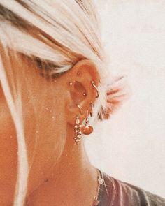Gold Bar Chain Dangle Stud Earrings- Staple Studs/ Bar Studs/ Line Earrings/ Minimal Modern Studs/ Gold Chain Earrings/ Thread Earring - Fine Jewelry Ideas Pretty Ear Piercings, Ear Piercings Chart, Ear Peircings, Multiple Ear Piercings, Tongue Piercings, Cartilage Piercings, Rook Piercing, Ear Jewelry, Cute Jewelry