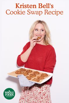 When holiday cookie swap time rolls around Kristen Bell turns to her tried-and-true recipe for Everything Cookies. With tons of oats for texture, plus a mix of butterscotch and chocolate chips, there's truly something for everyone.