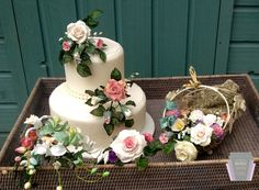 We invite you to the Wedding Showcase at 9th October 2016 at Fota Island Resort. Visit us and suppliers, like Broken Spoon Cakes and much more. Looking forward to see you.