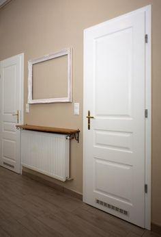 Image result for előszoba fehér ajtókkal