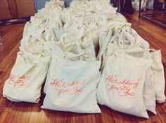 LOVE these customized and calligraphed welcome bags! molly jacques | blog