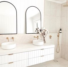 Gorgeous Bathroom, Bathroom Interior, Small Bathroom Remodel, Interior, Girls Bathroom, Beautiful Bathrooms, Laundry In Bathroom, Minimalist Interior Design, Bathroom Interior Design