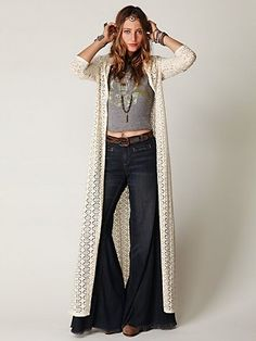 I totally want this maxi lounge coat.         ♪ ♪ ... #inspiration_crochet #diy GB