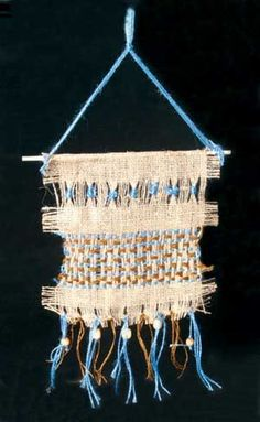 Native American Burlap Weaving Lesson Plan, culture and art fusion