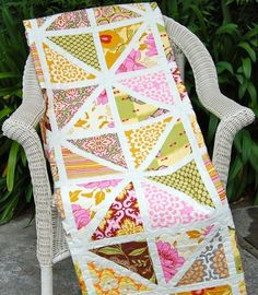 triangl quilt, quilt patterns, triangle quilts, summer porch, porch quilt, stain glass, quilting friends, stained glass, ami butler