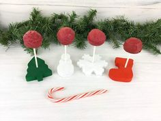 Shop JTWoodworks: The best, easiest way to decorate your cake pops! Super cute rustic Christmas-themed cake pop stands are perfect for displaying delicious cake pops for your guests. Cake pop displays are shipped unfinished and ready you to paint. Christmas Themed Cake, Christmas Desserts, Christmas Themes, Christmas Ornaments, Holiday Decor, Cake Pop Displays, Display Stands, Cake Pop Stands, Cakepops