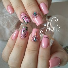 Do you wish to cut back and look good? Well I have 12 of the finest beauty recommendations to avoid wasting you money at this time and they are all entirely thoroughly tested by me. Pretty Nail Designs, Nail Art Designs, Makeup Brands, Best Makeup Products, Unicorn Nail Art, Cheaper By The Dozen, Beauty Formulas, Nail Art Kit, Loose Glitter