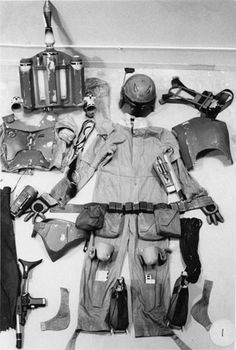 For You Cosplayers, Boba Fett' is listed (or ranked) 27 on the list 78 Rare Star Wars Behind the Scenes Photos Boba Fett Armor, Boba Fett Costume, Star Wars Boba Fett, Mandalorian Costume, Images Star Wars, Star Wars Pictures, Bts Pictures, Star Trek, Star Wars Art
