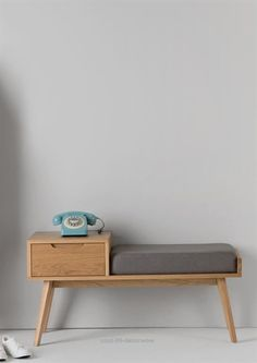 Perfect Jenson Storage Bench, Oak The post Jenson Storage Bench, Oak… appeared first on Home Decor Designs . Vintage Telephone Table, Telephone Seat, Wood Furniture, Furniture Design, Asian Furniture, Furniture Making, Bench Decor, Hallway Storage, Hallway Bench