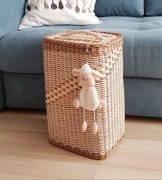 Плетение из газет Storage Baskets, Weaving, Photo Wall, Organization, Home Decor, Gates, Getting Organized, Photograph, Organisation