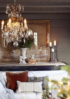 Relaxed elegance for den/family room Beautiful Space, Beautiful Homes, South Shore Decorating, Interior Design Images, French Decor, Rustic French, French Chic, French Style, Cool Ideas