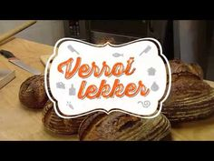 Thuis zelf zuurdesembrood maken - YouTube Baking, Youtube, Patisserie, Bread, Bakken, Youtubers, Postres, Youtube Movies, Reposteria
