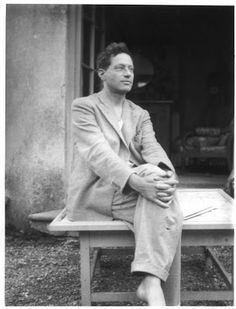Photo of Photograph of Duncan Grant in the garden outside the drawing room of Charleston farmhouse, the house he shared with Vanessa Bell. Duncan Grant, Duncan James, Virginia Woolf, Leonard Woolf, Art Grants, Vanessa Bell, Bloomsbury Group, Signo Libra, English Writers