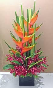 Resultado de imagen para Cover picture arrangement of heliconia flowers