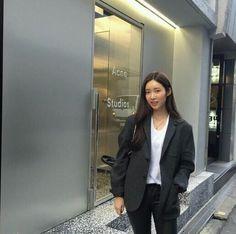 Blazer Outfits, Fall Outfits, Fashion Outfits, Womens Fashion, Nice Outfits, Asian Street Style, Asian Style, Korea Fashion, Asian Fashion