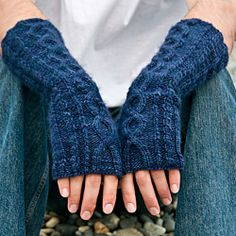 I am a HUGE fan of fingerless gloves and this pattern designer just gets them right... again a free pattern....    Arden is unisex elbow-length hand-warmer that uses a single skein of Malabrigo Worsted. By Mikka Tokuda-Hall    http://www.ravelry.com/patterns/library/arden