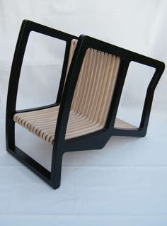 Simple Transforming Seating : 4 in 1 Chair