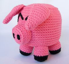 Start your own farmyard with a cuddly cube pig!