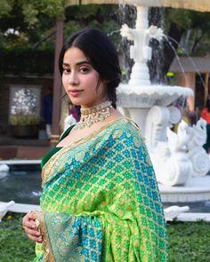 Jhanvi Kapoor Insta naughty actress cute and hot tollywood plus size item girl Indian model unseen latest very beautiful and sexy wedding se. Banarsi Saree, Silk Sarees, Chiffon Saree, Indian Wedding Outfits, Indian Outfits, Bollywood Fashion, Bollywood Actress, Bollywood Style, Indian Bollywood