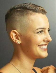 Výsledek obrázku pro Short hair beauty