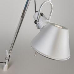 Artemide Tolomeo Lettura desk support Zeitloses Design und funktionales Design #Tischleuchte #Nachttischlampe #Lampe